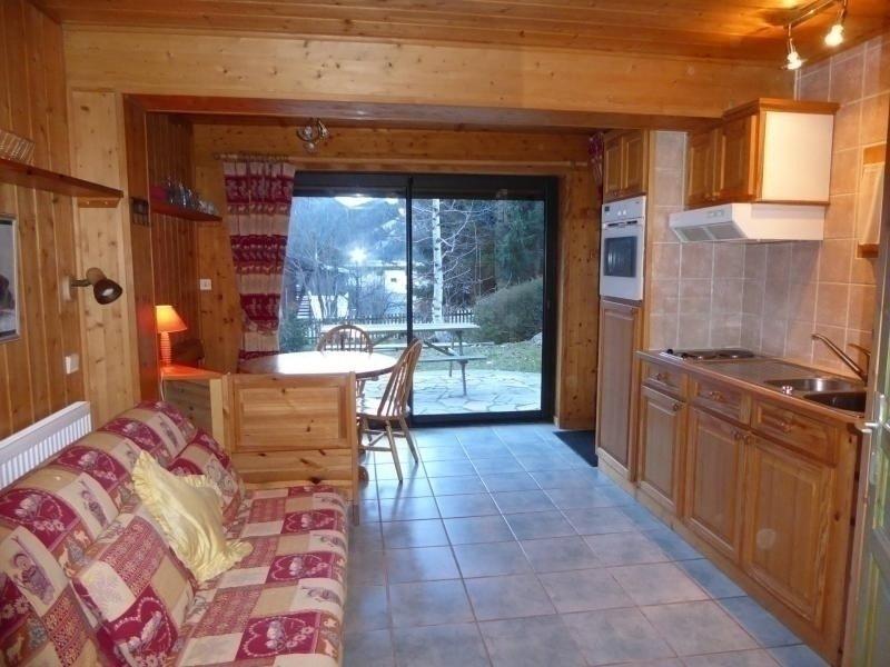 Rez de jardin dans un chalet. A coté des pistes, holiday rental in Pralognan-la-Vanoise
