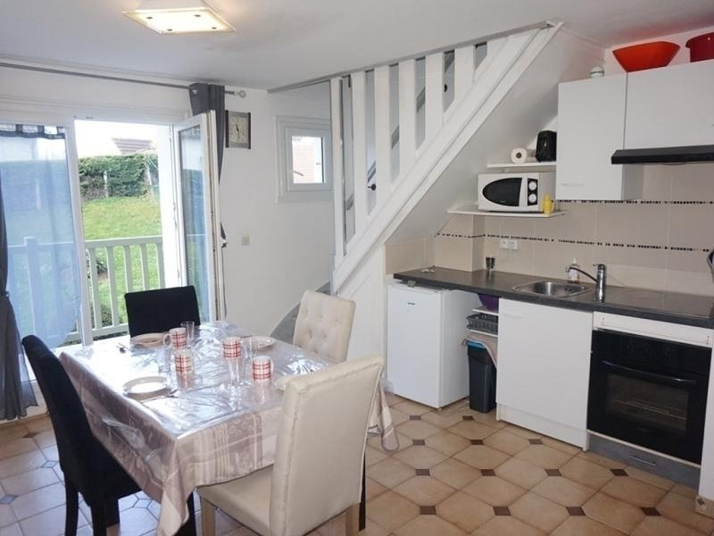 Dans une résidence avec accès direct à la plage, casa vacanza a Merville-Franceville-Plage