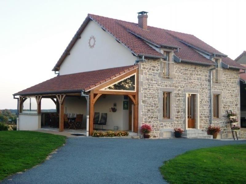 La Villonne, holiday rental in Buxieres-sous-Montaigut