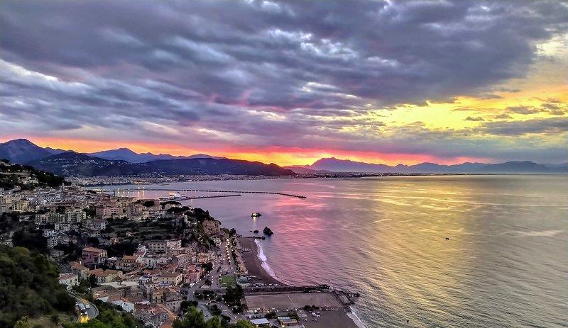 Coast to Coast Apartment, holiday rental in Vietri sul Mare