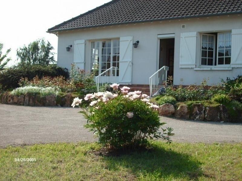 Les Rosiers, holiday rental in Saint-Dye-sur-Loire