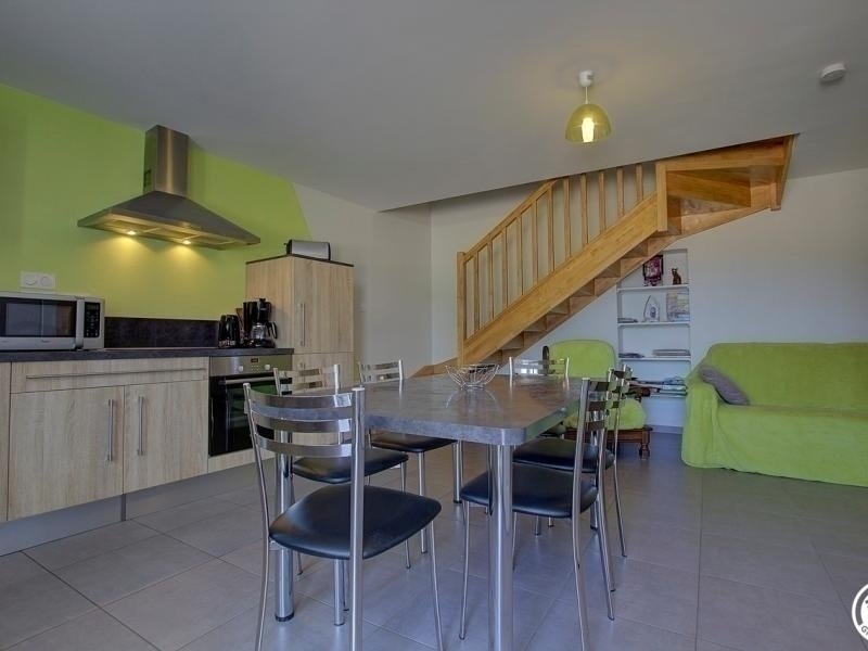 Location Gîte Tossiat, 3 pièces, 6 personnes, vacation rental in Chatenay