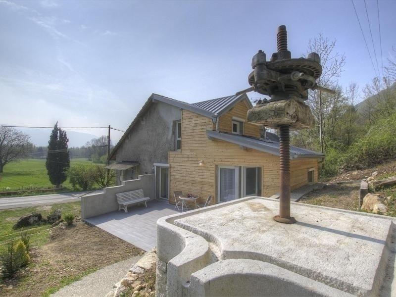 Le Petit Pressoir, location de vacances à Artemare