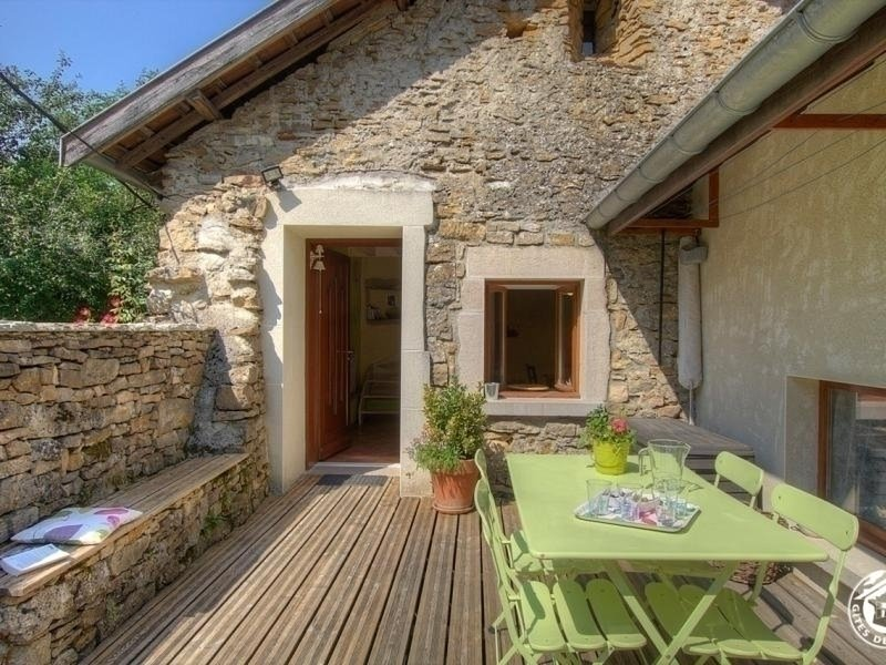 Gite de la Carriaz, vacation rental in La Balme-les-Grottes