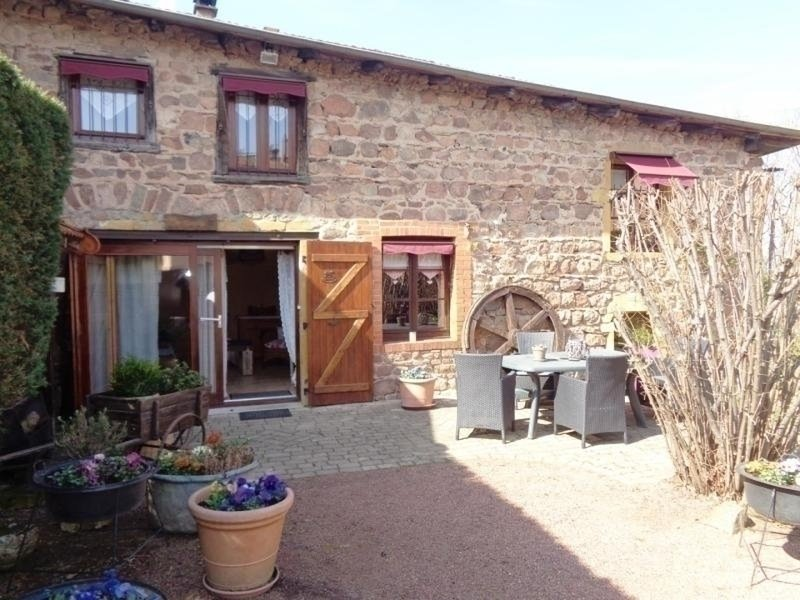 Les Noisettes, holiday rental in Bourg-de-Thizy