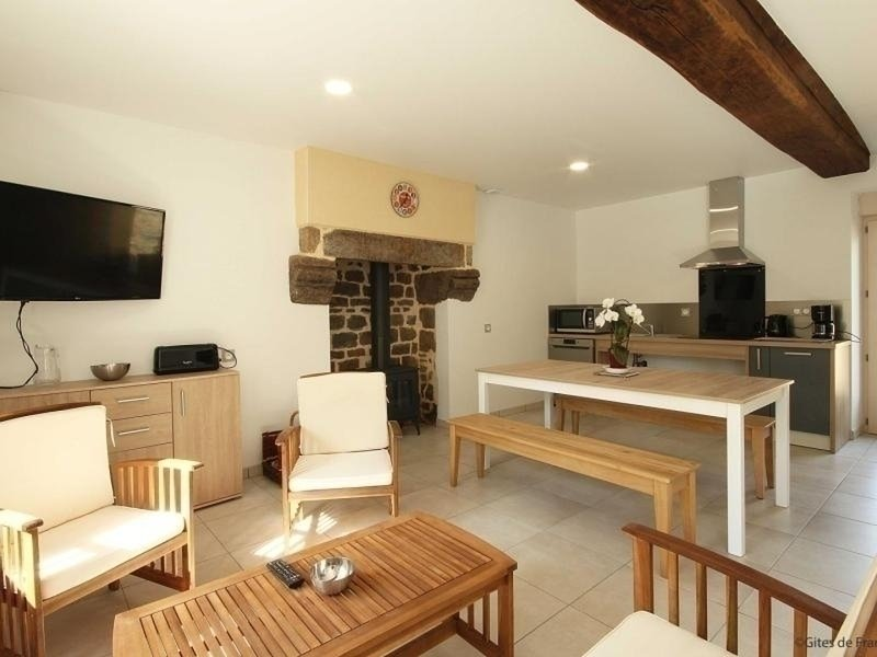 La Courteille, holiday rental in Ambrieres-les-Vallees