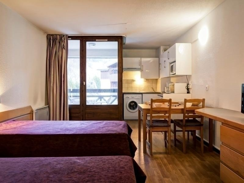 STUDIO 4 COUCHAGES AVEC WIFI INCLUS, holiday rental in Salins-Fontaine
