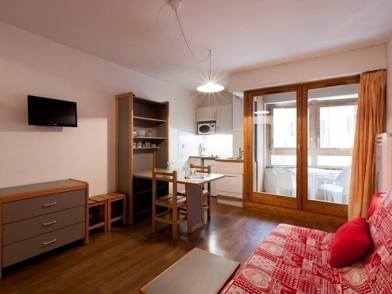 Studio classé 2* en centre ville, holiday rental in Montagny
