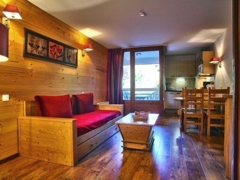 STUDIO POUR 4 PERSONNES, holiday rental in Salins-Fontaine