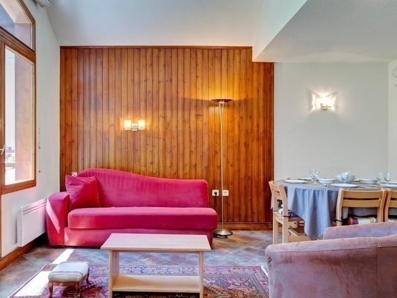 Appartement moderne et spacieux, vue sur la piste., location de vacances à La Perriere
