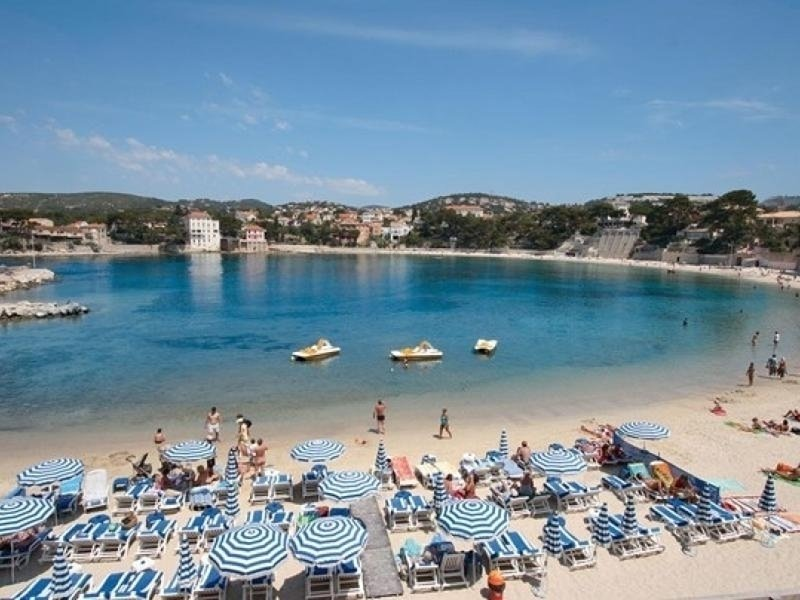 Super appart Acces plage renecros et centre ville bandol, vacation rental in Ile de Bendor