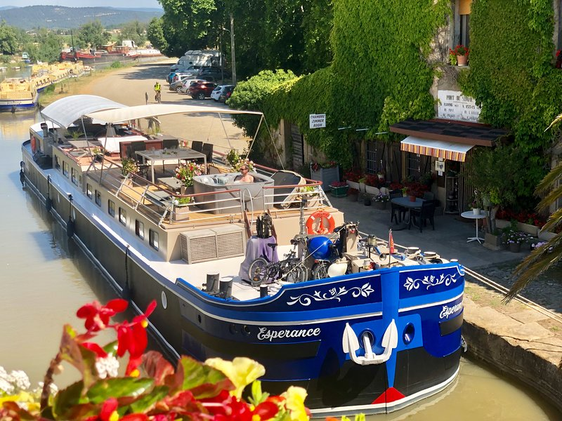 croisière peniche canal du midi, vacation rental in Capestang