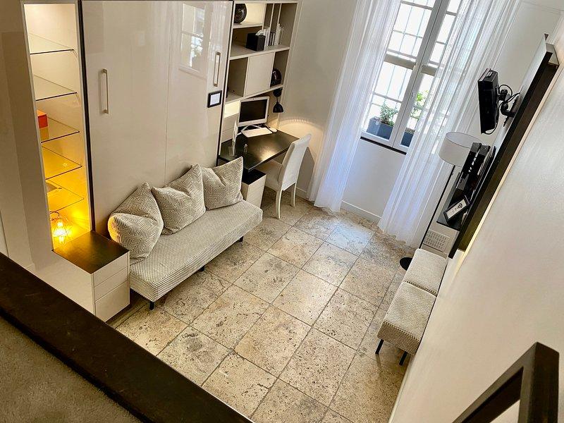 salon  èrsextius. location appartement aix-en-provence. location appartement de vacances à aix