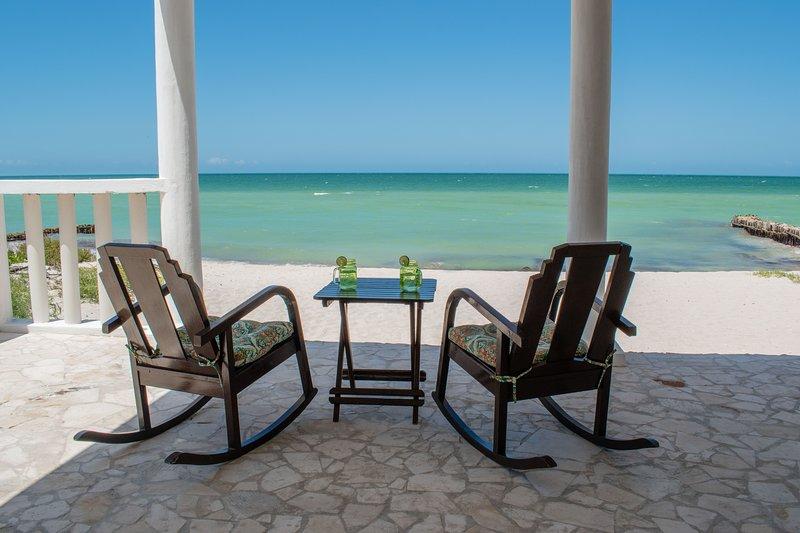 Fantastic Ocean Front Beach Home in Yucatán, holiday rental in Sisal