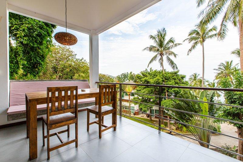Beach suite apartment with sea view 8, alquiler vacacional en Ban Thong Nai Pan