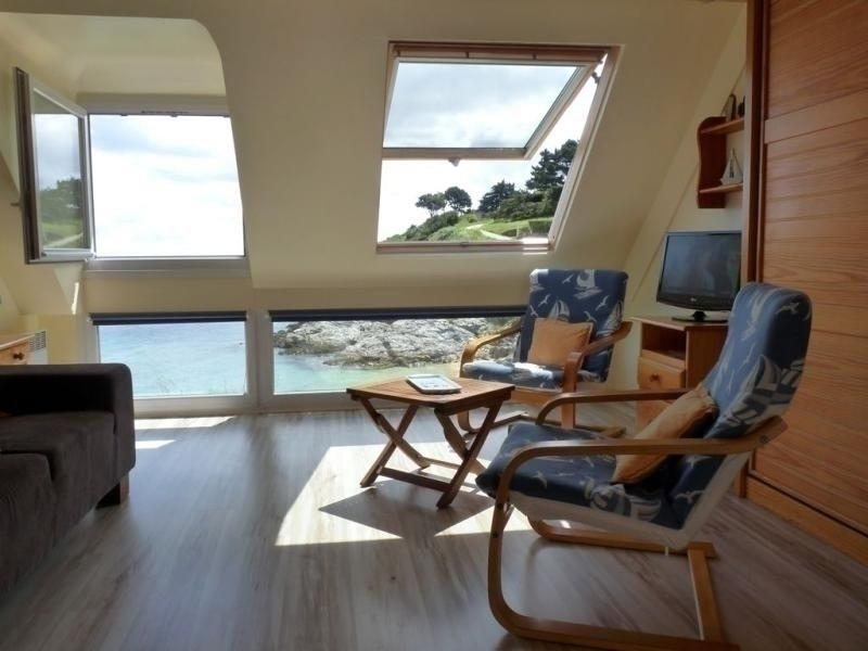Vue sur mer situé en face de la plage de Ramonette, location de vacances à Le Palais