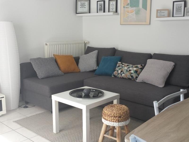 Confortable et déco soignée pour ce logement à 2 pas du centre d'ANNECY- Parking, holiday rental in Cran-Gevrier
