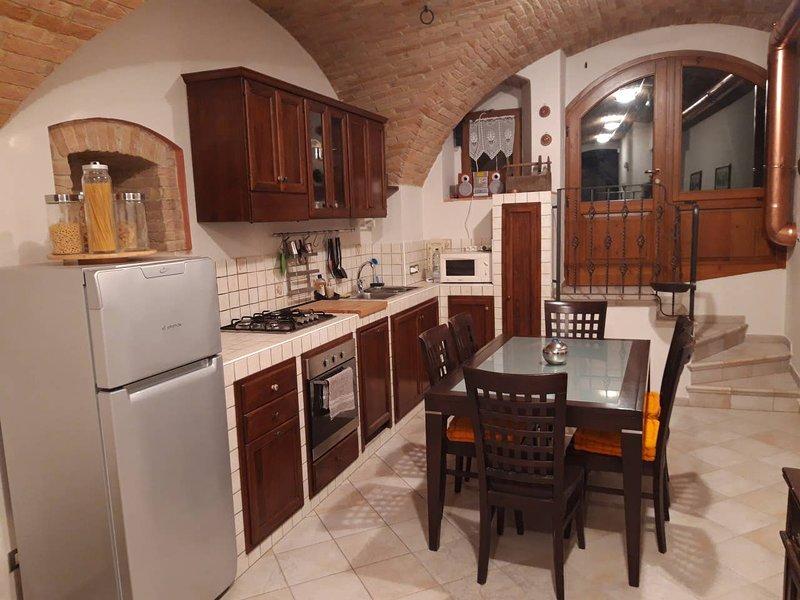 Loft Gioia LA TARIFFA INDICATA E' LA MASSIMA - Scrivici x tariffe personalizzate, holiday rental in Ponte Valleceppi