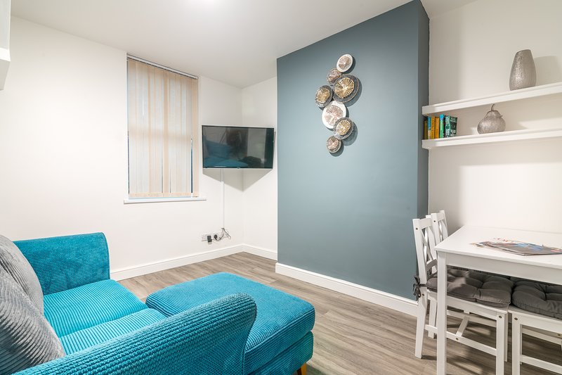 PLATFORM Avenues Apartment 1, alquiler de vacaciones en Kingston-upon-Hull