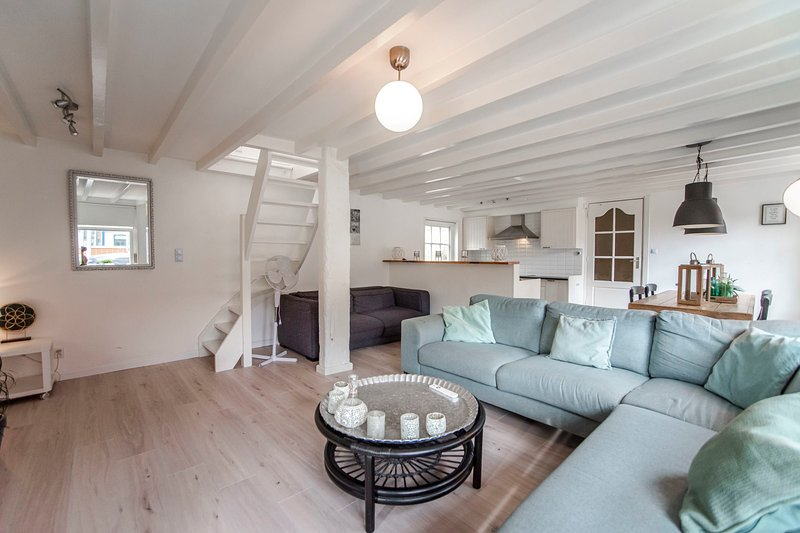Soleil City Centre Family  Apartment, vakantiewoning in Zandvoort