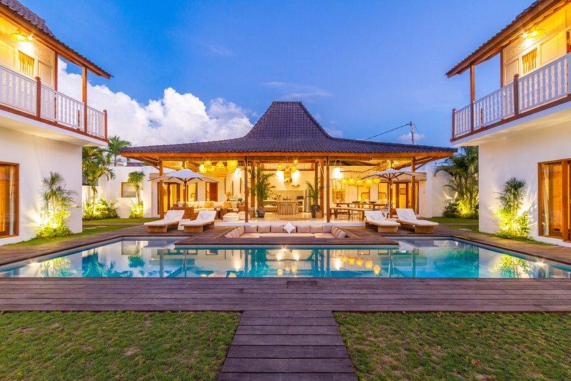 VILLA LOMA, holiday rental in Kerobokan Kelod