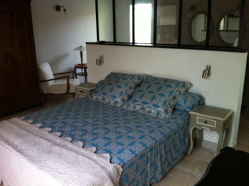 L'IMPASSE EN CAMARGUE .GITE INDEPENDANT DE LUXE., vacation rental in Franquevaux