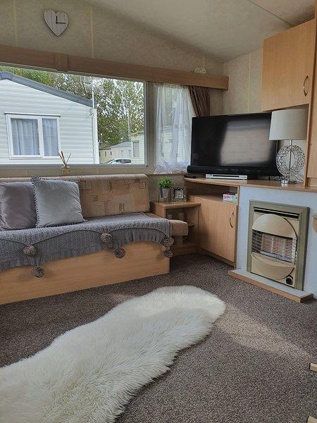 Stunning 2-Bed Sleeps 6 Caravan in Felixstow, location de vacances à Harwich