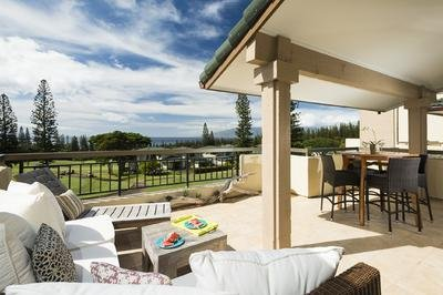 Renovated Villa with ocean and golf course views!, vacation rental in Maui