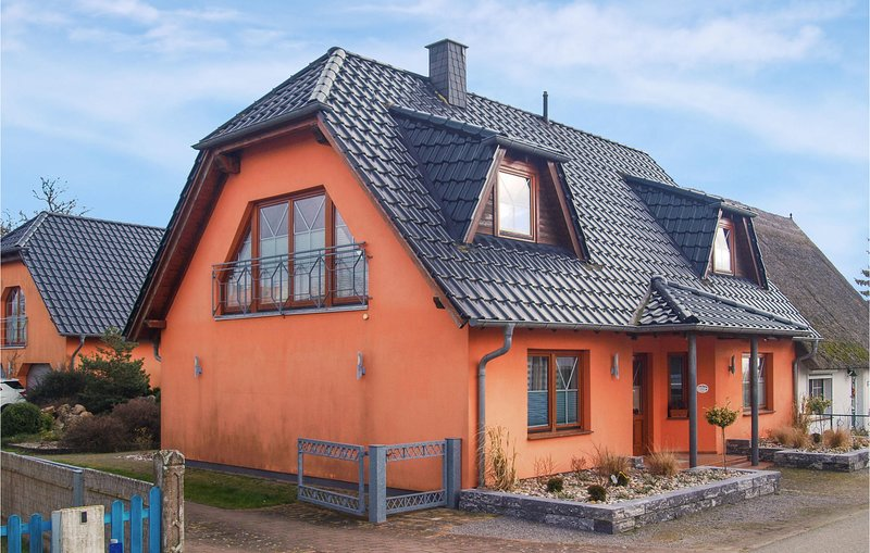 Amazing home in Zempin with Sauna, WiFi and 3 Bedrooms (DMU164), holiday rental in Zempin