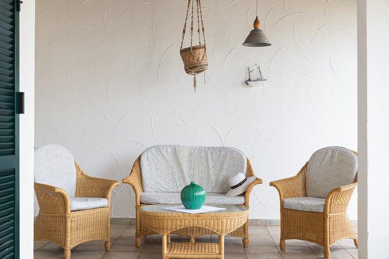 Blue Sea, Villa Aquilone with pool, casa vacanza a Costa Merlata
