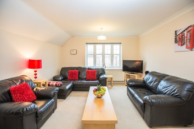 Central One bedroom fully equipped five star Solihull, holiday rental in Shirley