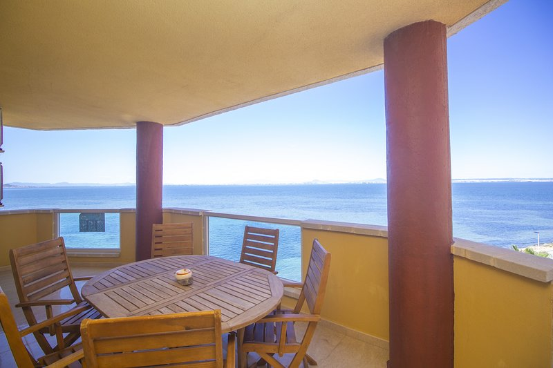 Impressive Beach apartment, alquiler vacacional en Municipio de Cartagena