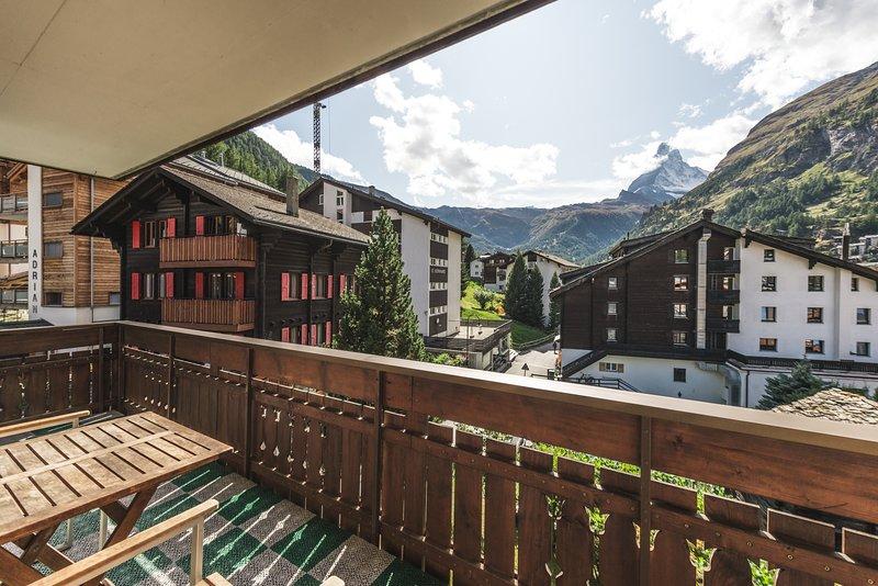 Chalet Venus Mountain Exposure Zermatt  - close to Sunnegga lift base station, aluguéis de temporada em Zermatt