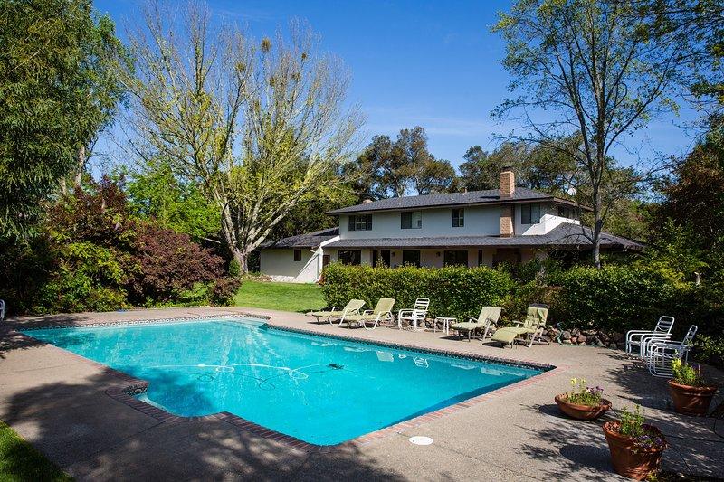 Casa Blanca, casa vacanza a Lawndale  Sonoma County