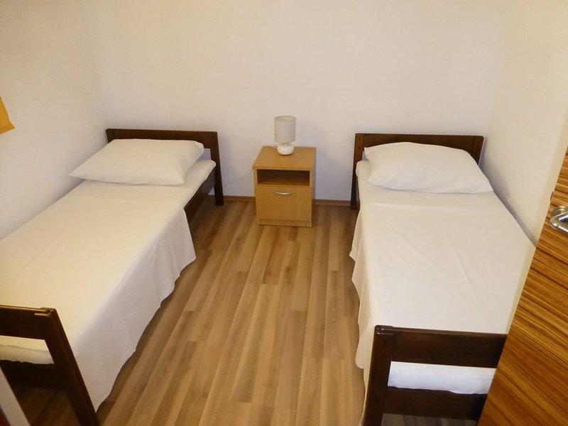 Holiday home 173670 - Holiday apartment 188349, location de vacances à Vidalici
