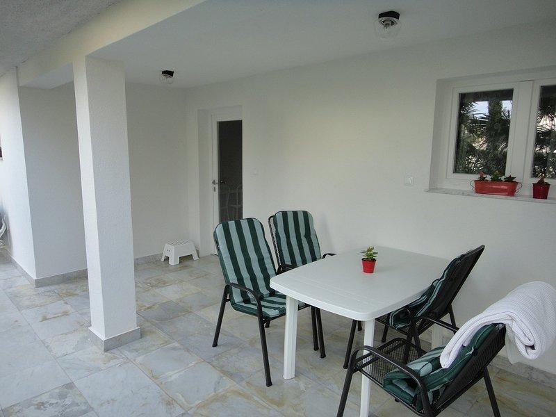 Holiday home 159655 - Holiday apartment 156690, location de vacances à Radici