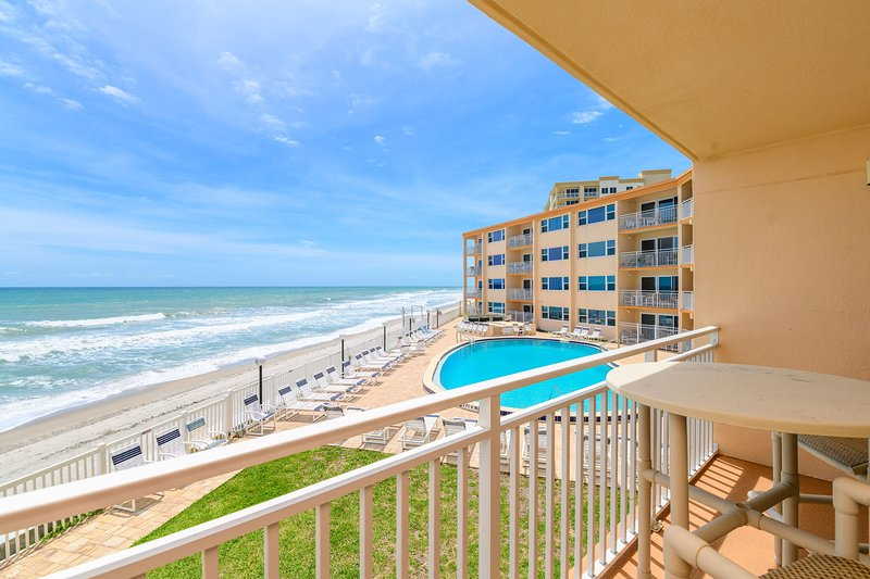 Stunning Oceanfront Condo - Truly One of a Kind!, vacation rental in Satellite Beach
