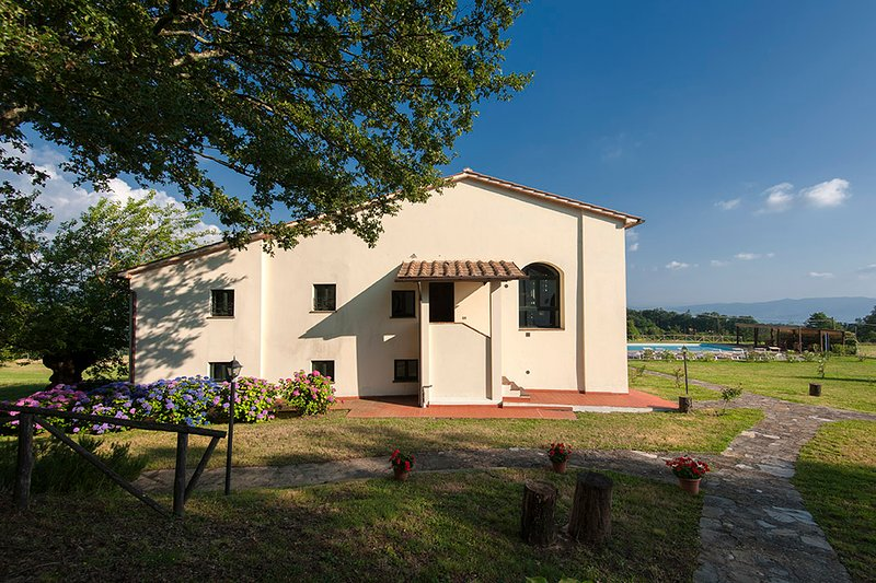 Il Fienile, vacation rental in Province of Prato
