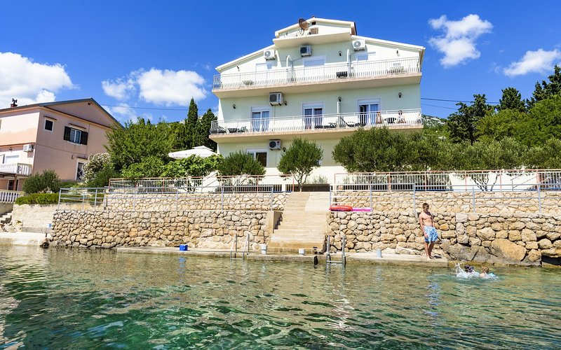 Devcici Apartment Sleeps 2 with Air Con - 5821030, vacation rental in Baric Draga