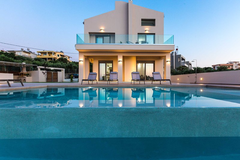 Brand new villa with private pool and seaview, vacation rental in Perivolia