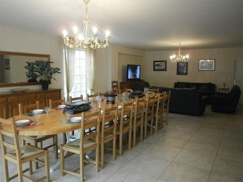 Duplex Standing 15 couchages ST LARY SOULAN, holiday rental in Sailhan