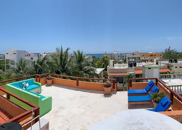 Large 3 story home with charming Mexican decor, private pool & garden, holiday rental in Puerto Morelos