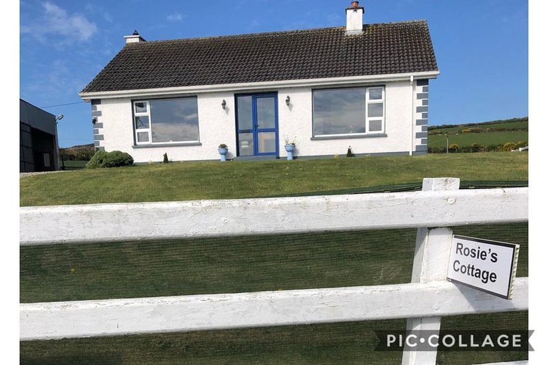 Rosie's Cottage, holiday rental in Carndonagh