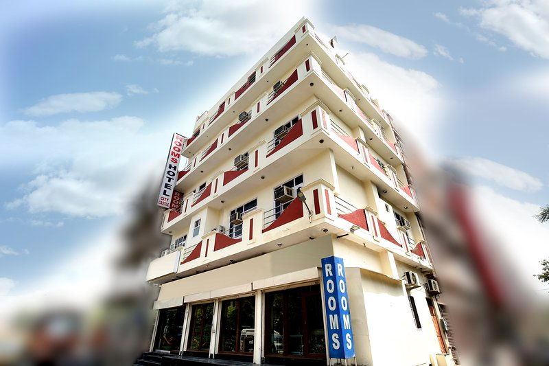 Hotel City Castle, holiday rental in Punjab