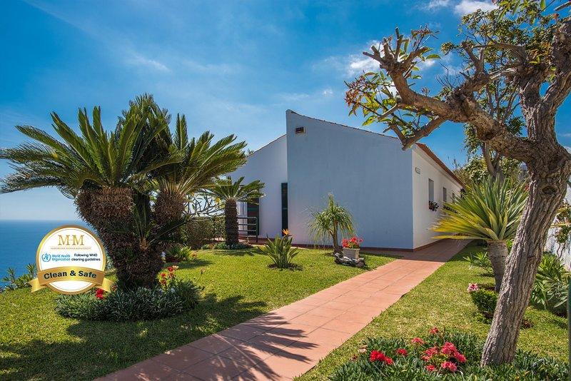 VIVENDA DA ESQUINA - by MHM, vacation rental in Canico