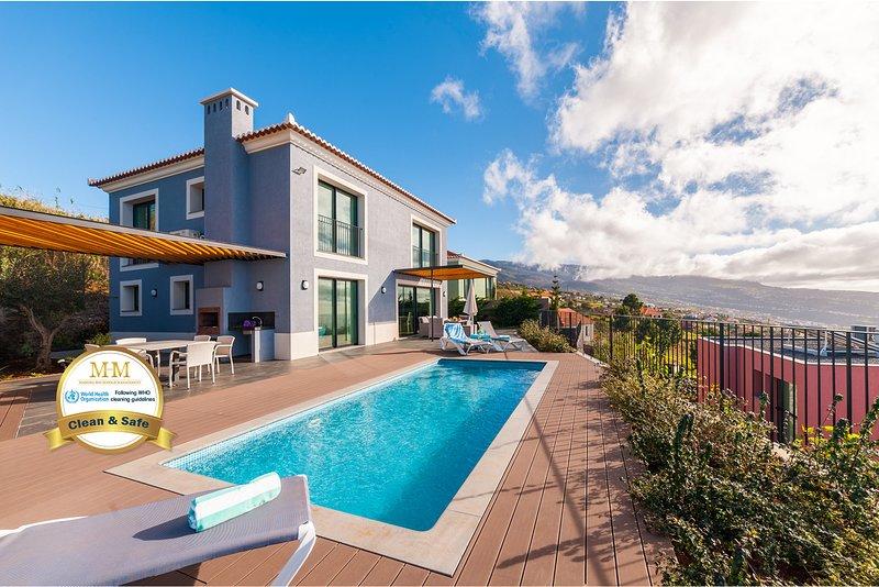 Eden sky - by MHM - a Modern Luxury Family Villa, location de vacances à Jardim do Mar
