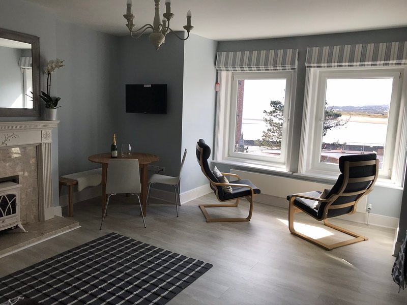 Exmouth Apartment, vacation rental in Starcross