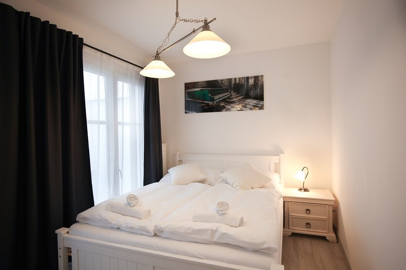 Fresh new studio with outside chillout terrace by easyBNB, holiday rental in Prague