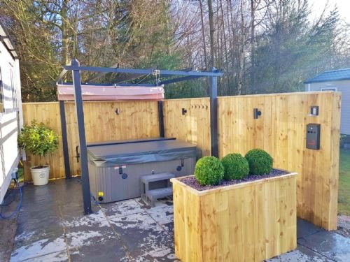 Percy Woods Get Away - Hot Tub Lodge, Northumberland, Ferienwohnung in Newton on the Moor