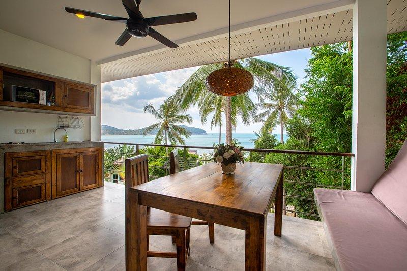 Beach suite apartment with sea view 9, alquiler vacacional en Ban Thong Nai Pan